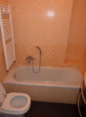 Trasformazione della vasca in doccia - NOVABAD - Azienda specializzata in lavorazioni mini ...